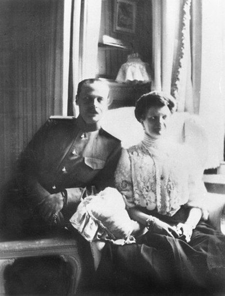 Grand Duke Ernst of Hesse, Tsarina Alexandra's brother, with his wife (?)