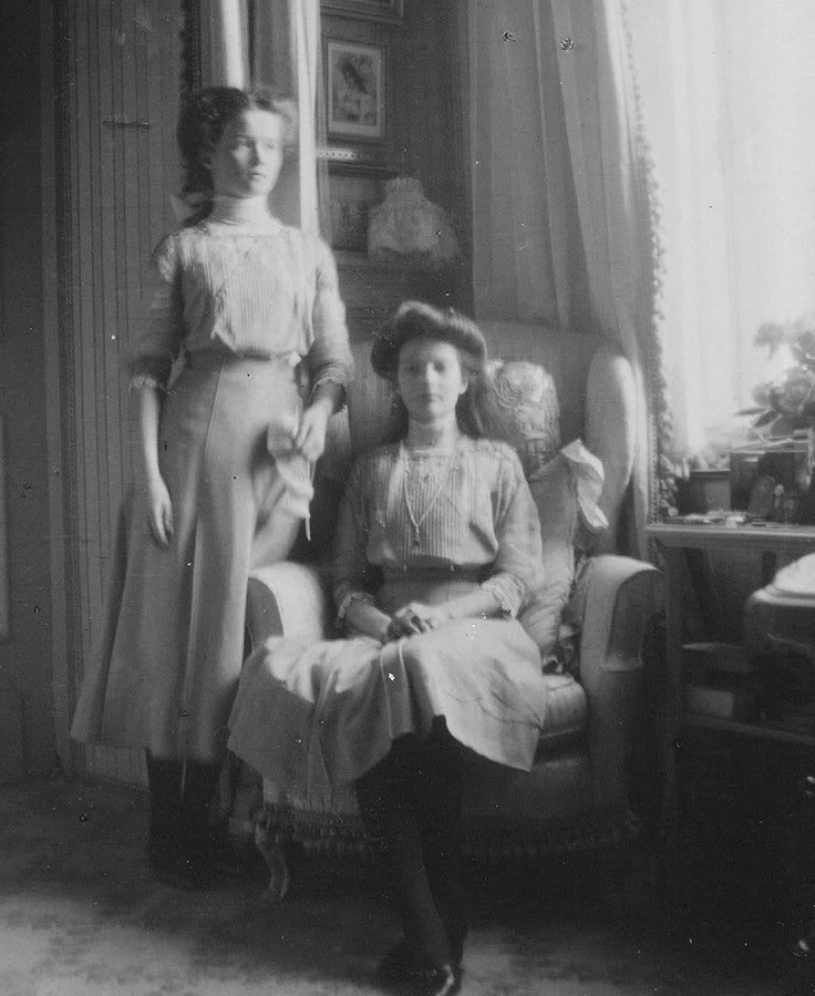 Grand Duchesses Olga and Tatiana Romanov
