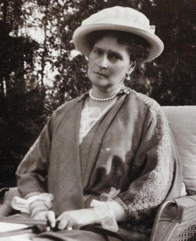 Tsarina Alexandra Feodorovna circa 1914