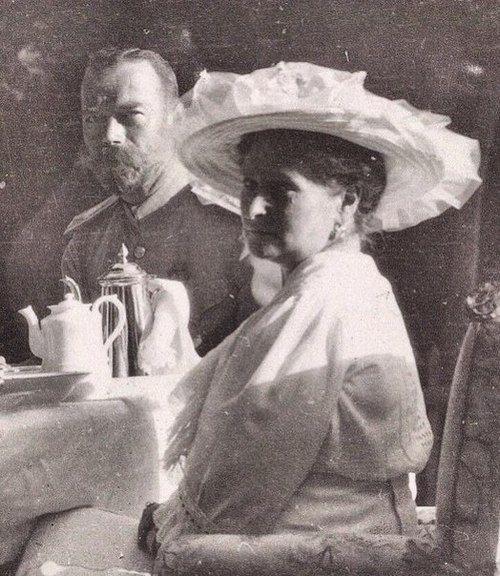 Nicholas II and Empress Alexandra at tea