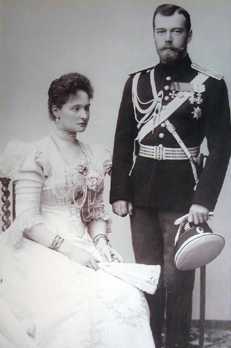 Tsar Nicholas and Tsarina Alexandra in 1898