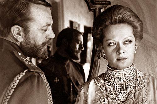 "Tsar Nicholas and Empress Alexandra in a Russian film ""Agonia"""