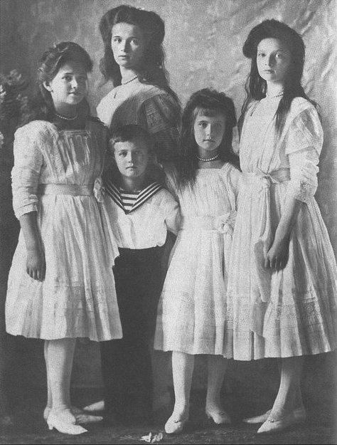 Queen Victoria's mutual Romanov great-grandchildren: Grand Duchesses Olga, Tatiana, Maria, Anastasia and Tsarevich Alexei.