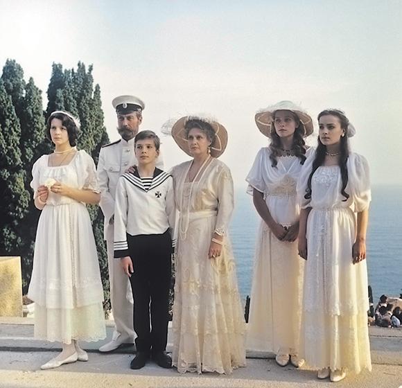 """The Romanov family in the Russian film """"The Regicide"""""""