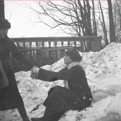 Grand Duchess Olga and Grand Duchess Anastasia Romanov playing in the snow in Tsarskoe Selo.