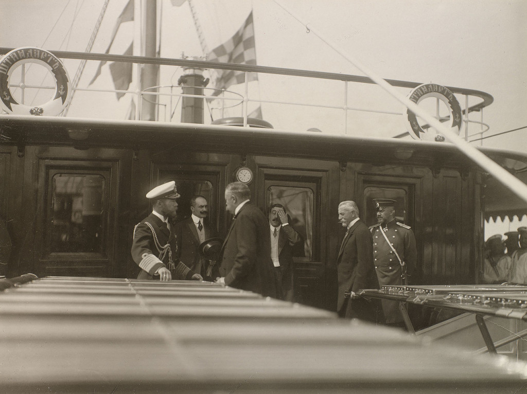 Tsar Nicholas II greeting his British visitors