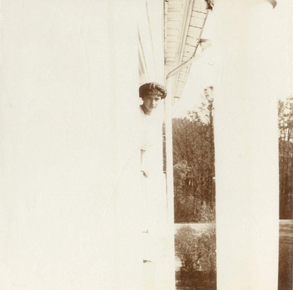 Grand Duchess Tatiana in 1913. Photo credit: ГА РФ, ф. 651 оп. 1 д. 261 л. 25 фото 370