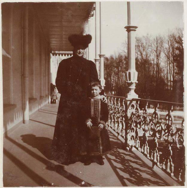 Empress Alexandra posing on the Alexander Palace balcony