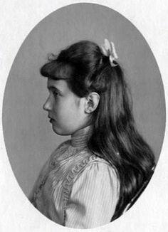 Anastasia Romanov circa 1914.