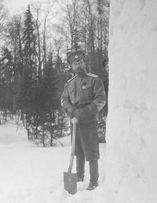Nicholas II working in snow
