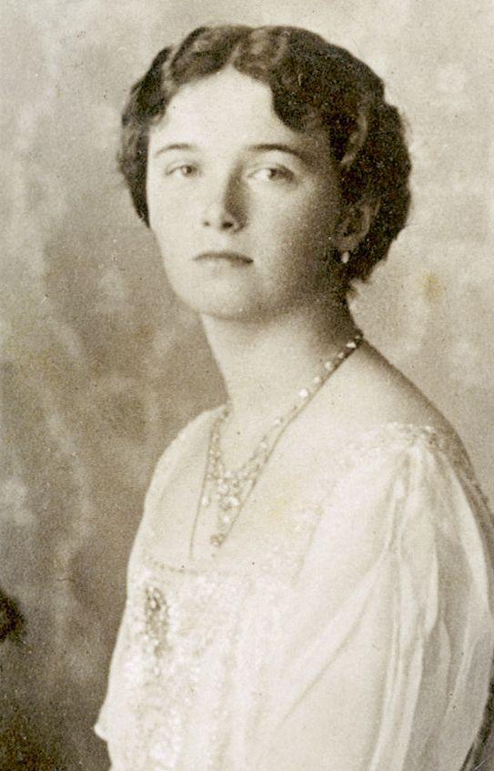 Olga Romanov circa 1913