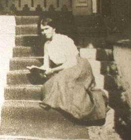 Olga Romanov circa 1913.
